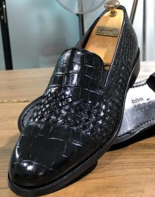Handmade Men Calf-skin Leather Black Loafer Shoes