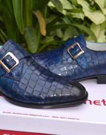 New Handmade Crocodile Texture Men's Shoes. Goodyear welted leather shoes for men, Men's Blue colour leather shoes
