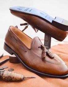 New handmade cowhide leather shoes, Men Brown Loafers for summer season