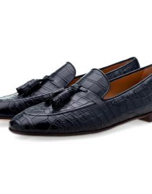 New Handmade Cowhide Crocodile texture loafers with tassels