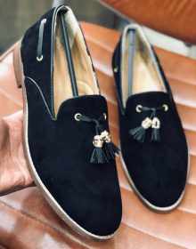 New Handmade Tassel loafer in cowhide leather in Black Color for men, summer shoes