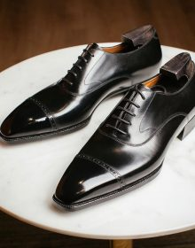 New Handmade cowhide leather wonderfully class & sleek looking black Oxford Shoes for men